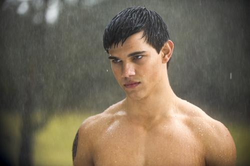 New Moon - Taylor Laurent's Jacob Black never misses an opportunity to whip off his top in the supernatural romance based on Stephenie Meyer's vampire saga