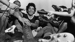 Diego Maradona journalists
