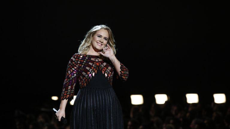 Adele's Vogue cover eyeliner
