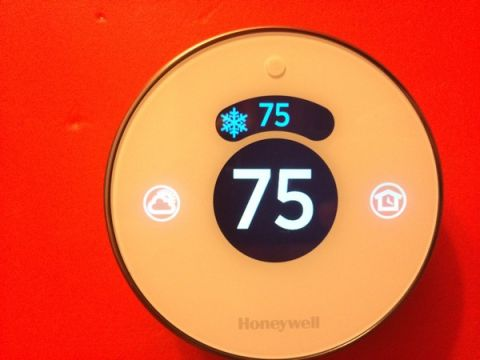Honeywell Lyric Smart Thermostat Review - Tom's Guide
