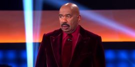 Watch Family Feud's Steve Harvey Dance And Crack Everybody Up After Ridiculous Guess