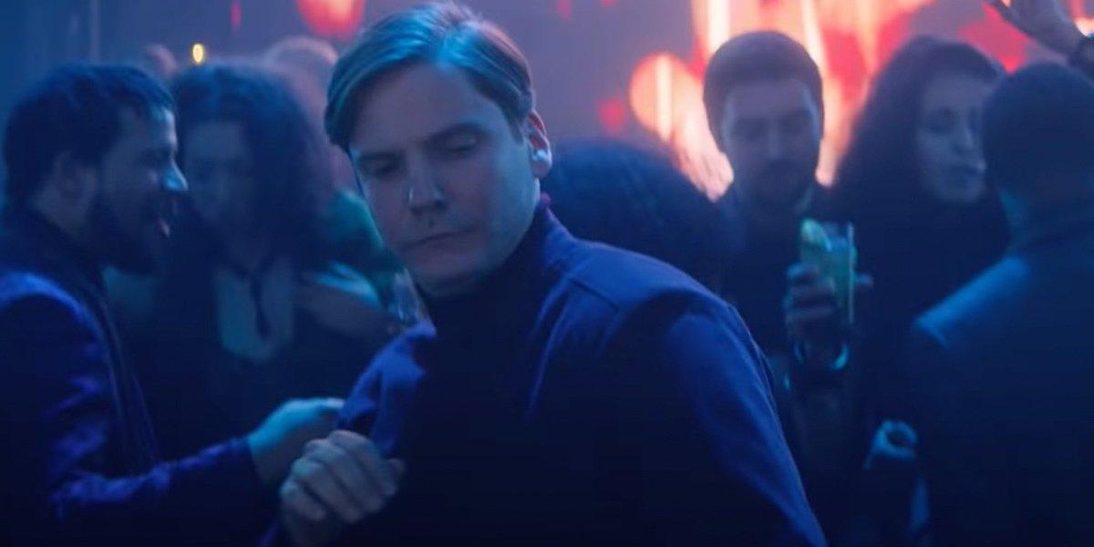 Daniel Brühl's Zemo dancing in Falcon and the Winter Soldier