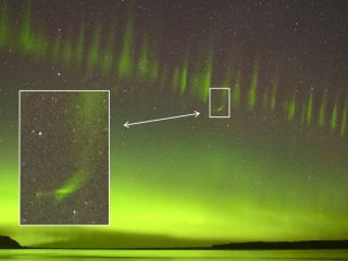 """A 2017 STEVE event over New Zealand reveals the strange new feature that astronomers are calling """"streaks."""""""