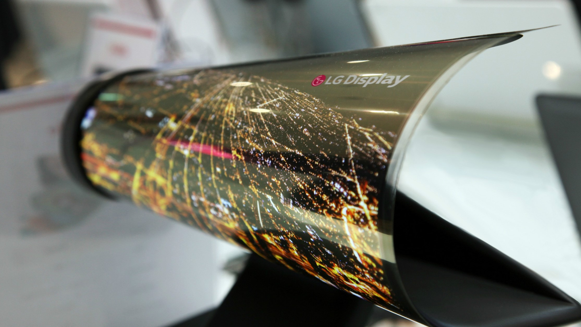 rollable screen display