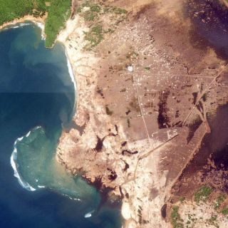 indo-after-tsunami-101012-02