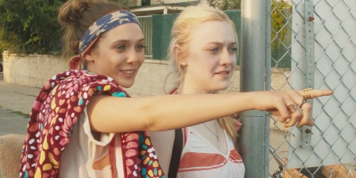 Elizabeth Olsen with Dakota Fanning in Very Good Girls.