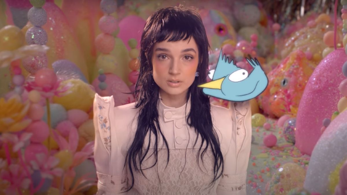 Poppy releases sweetly sinister music video for new track Flux