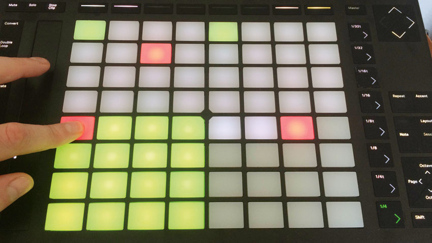 How to perform MPC-style sampling tricks using Ableton Push 2