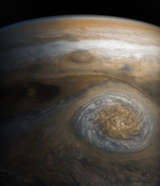 Juno Sees Massive Jupiter 'Anticyclone'