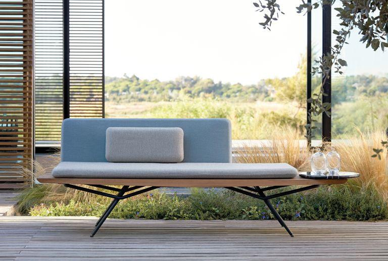 Japanese garden ideas - zen garden sofa