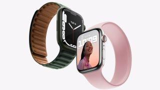 Zwei Modelle der Apple Watch 7 nebeneinander