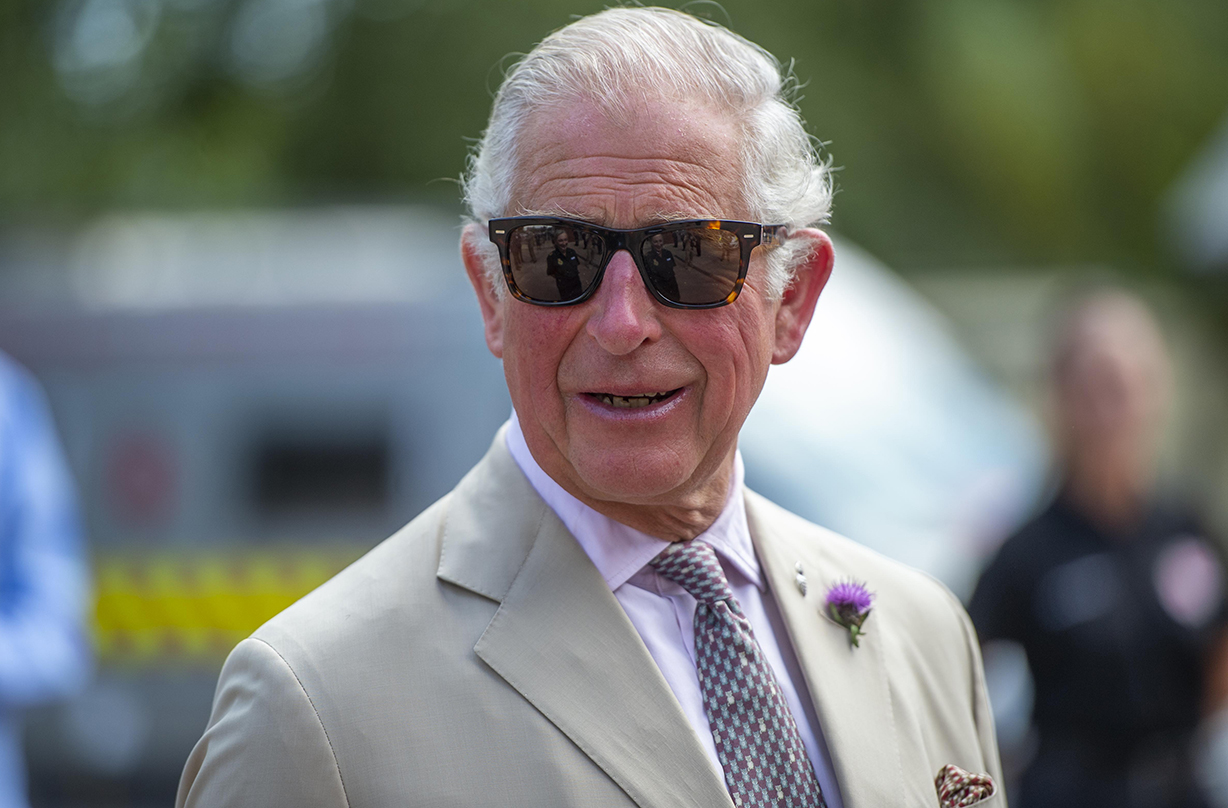 Prince Charles wows with traditional Scottish attire as he leaves London