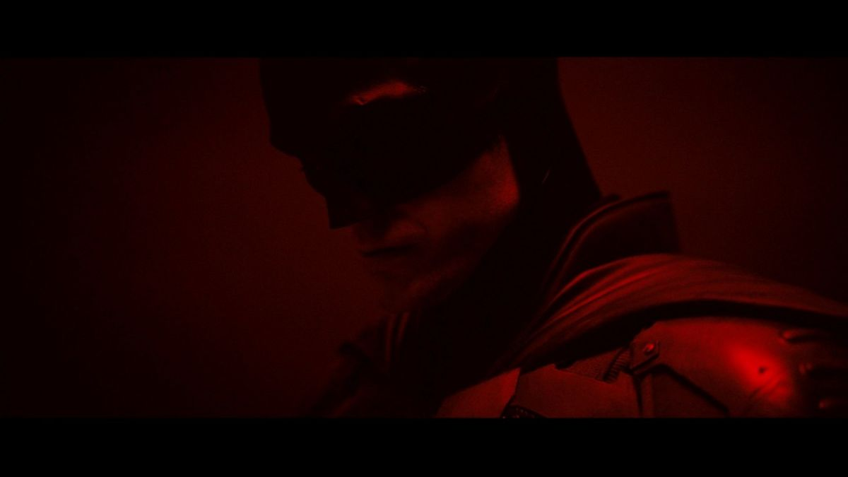 The Batman: Here's your first look at Robert Pattinson in the Caped Crusader suit