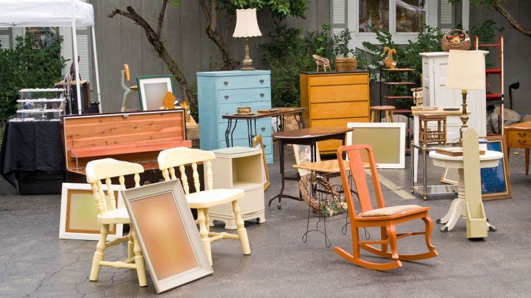 second-hand furniture
