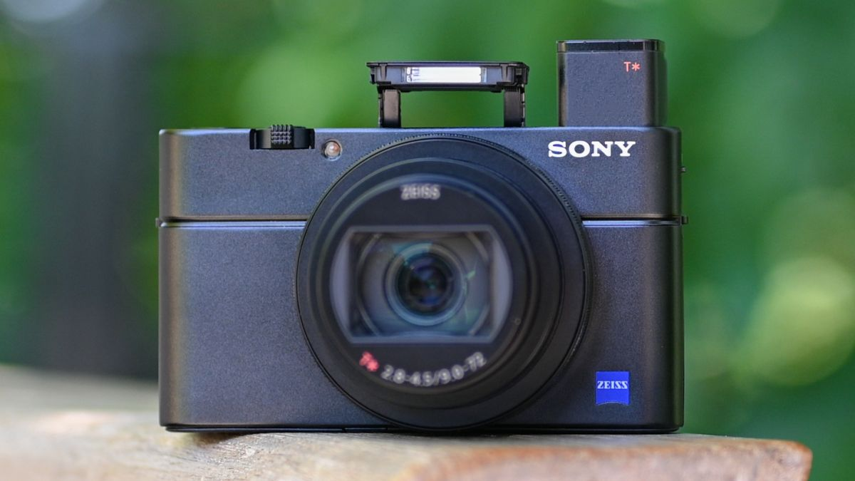 Sony Cyber-shot RX100 VII review