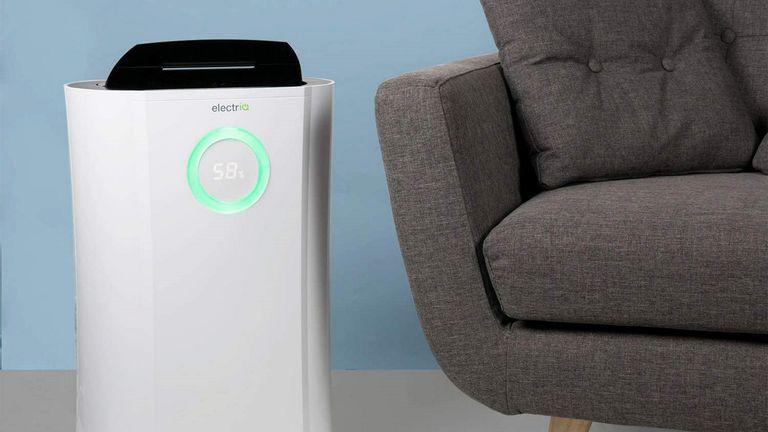 Best Dehumidifier: electriQ Dehumidifier 12L Low Energy