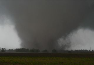 tornadoes in Dallas, tornado in Texas, recent tornadoes, tornado picture, tornado video, worst tornado, 2012 tornado season