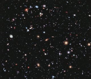 Hubble View of Distant Galaxies