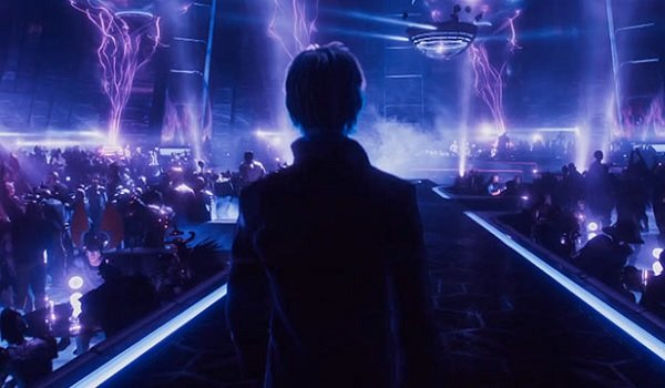 Ready Player One Wade's avatar enters the nightclub