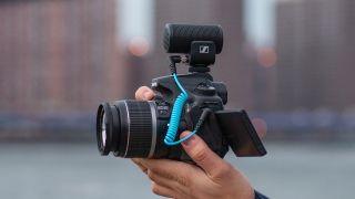 New Sennheiser MKE 200 delivers simple, spectacular sound for cameras + phones