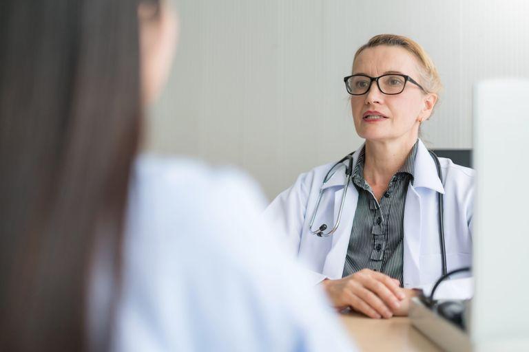 Treatment delay menopause