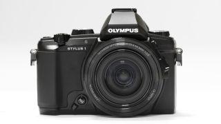 Olympus announces premium compact camera