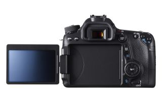 Canon 70D gets connected