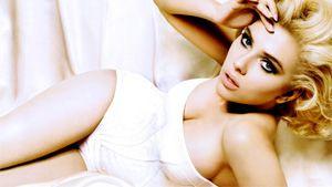Scarlett Johansson snubs Twitter