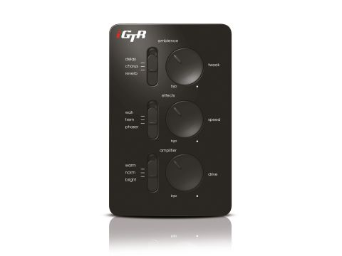 iGTR can be controlled with just three switches and three knobs.