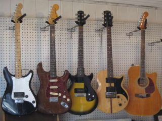 A selection of Gallagher s amps guitars and other gear go up for sale