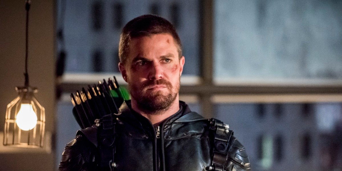 Why Oliver Queen Won't Appear In Arrow's Last Episode Before The Series Finale - CinemaBlend