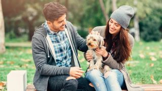 Dating dog owners in the park