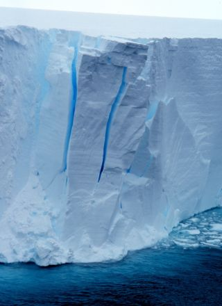 Ross ice shelf, sea level rise, glacier, antarctica, melting, iceberg