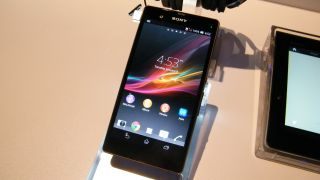 4G-ready Sony Xperia Z shows up for pre-order on Vodafone