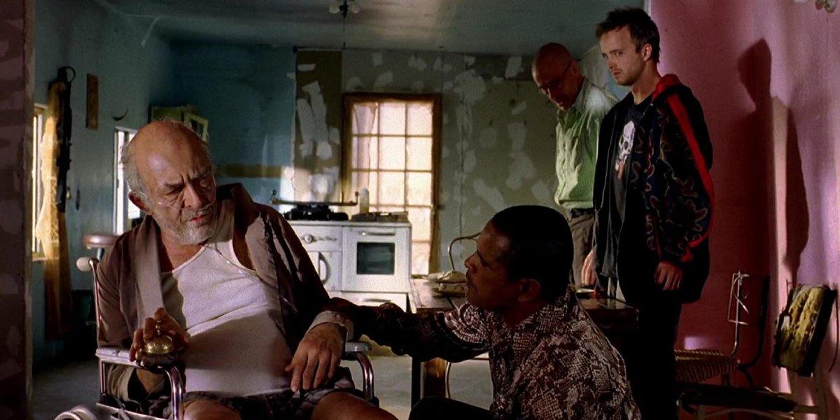 Mark Margolis, Raymond Cruz, Bryan Cranston, and Aaron Paul on Breaking Bad