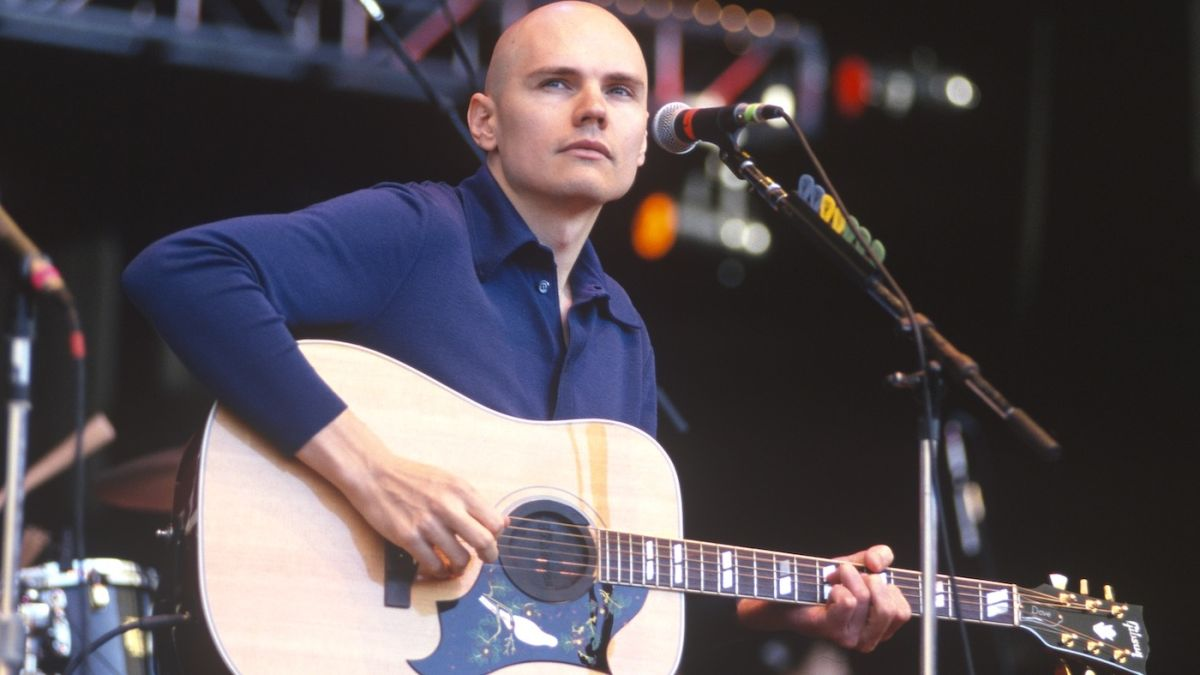 Smashing Pumpkins to release Live At The Viper Room 1998, a 13-song Billy Corgan acoustic set, on vinyl