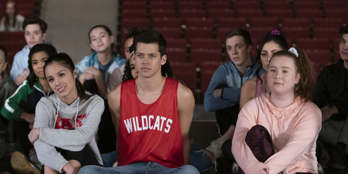 Some of the ensemble cast in High School Musical: The Musical: The Series.