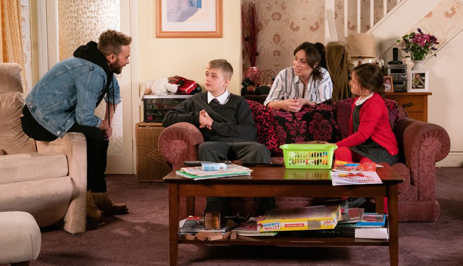 Coronation Street spoilers: David Platt suspects he and Max have drifted apart…