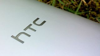 New HTC One spied from more angles