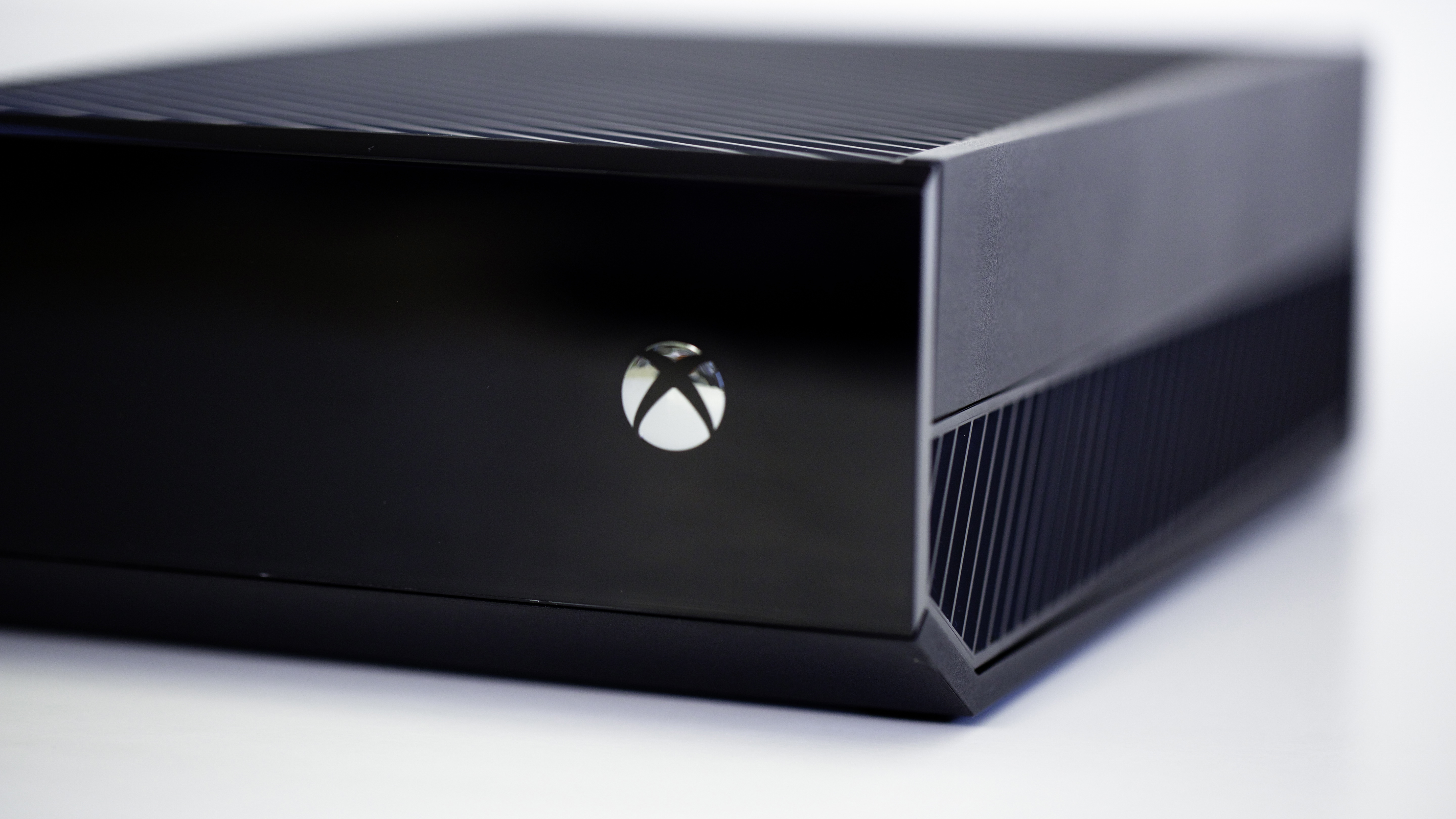 New hacker group strikes Xbox Live, PSN could be next