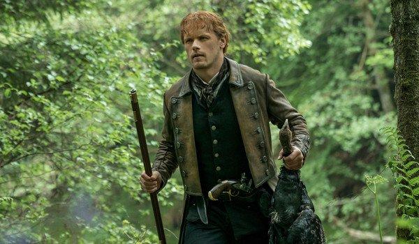 outlander season 4 jamie fraser hunting gun sam heughan starz