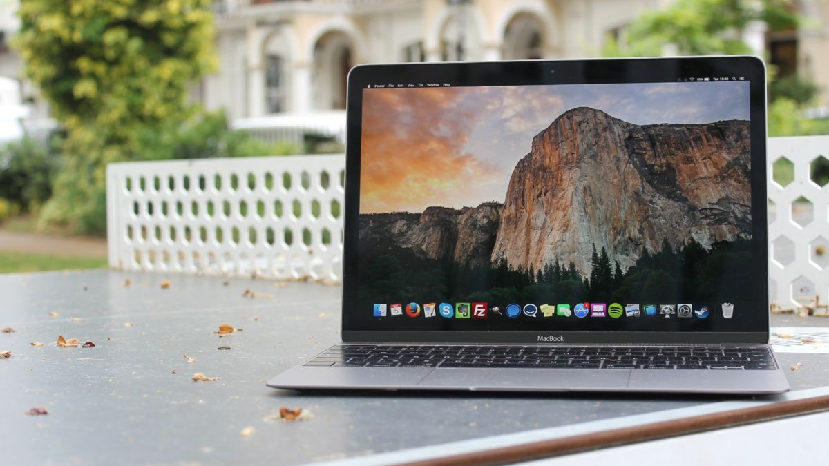New slim MacBooks to feature Surface Pro-inspired hinge