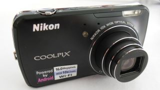 In pictures: Nikon S800c