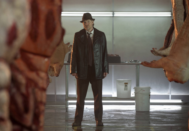 New Gotham Photos Tease Violence, A Funeral And A Little Bit Of Gotham City Glamour #31376