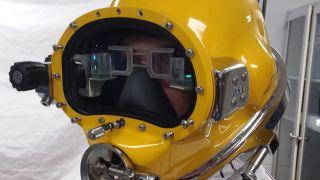 Navy HUD dive helmet