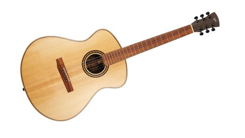 The Freja 1010 occupies the middle-ground between dreadnought and jumbo sized acoustics