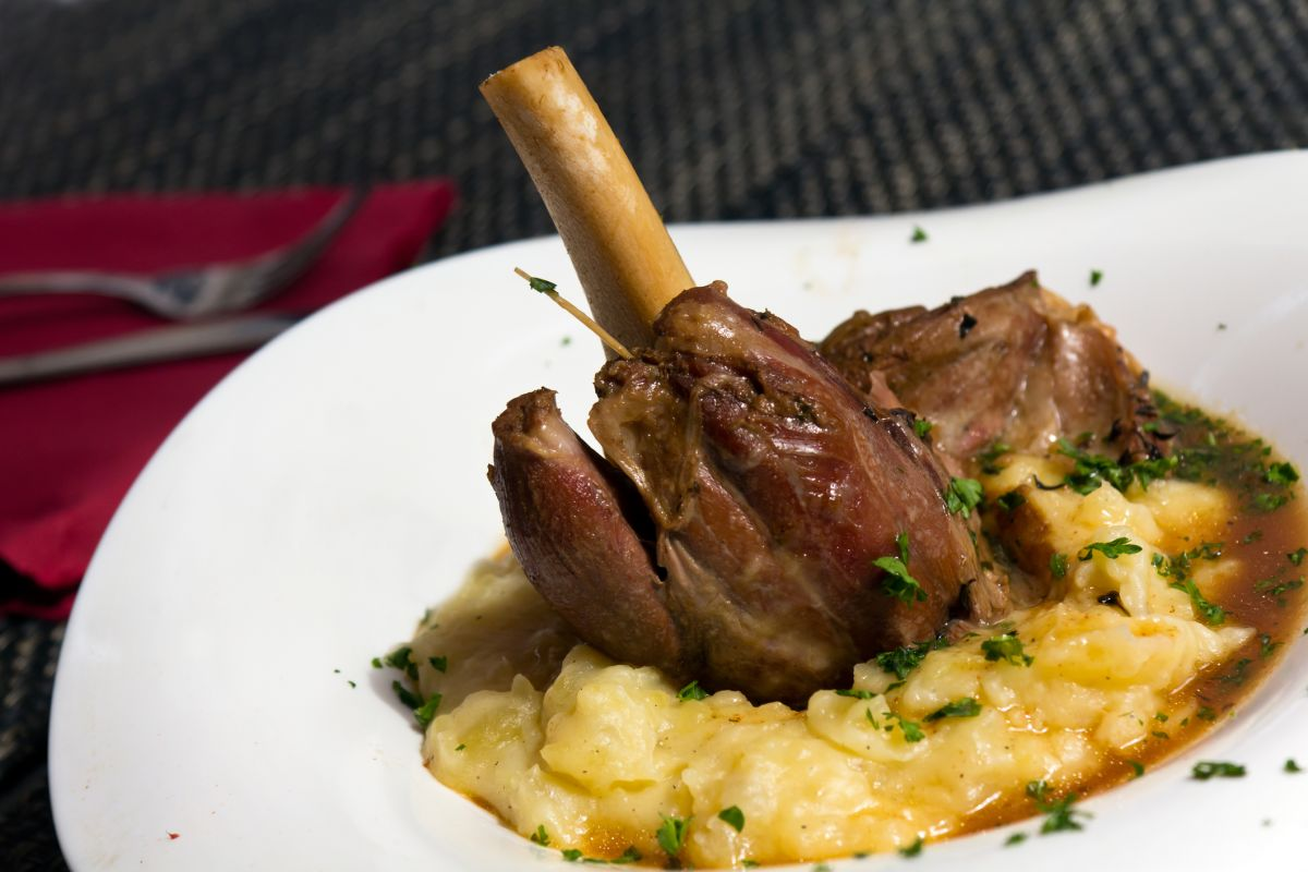 Slow cooker lamb shank recipe: the perfect winter warmer