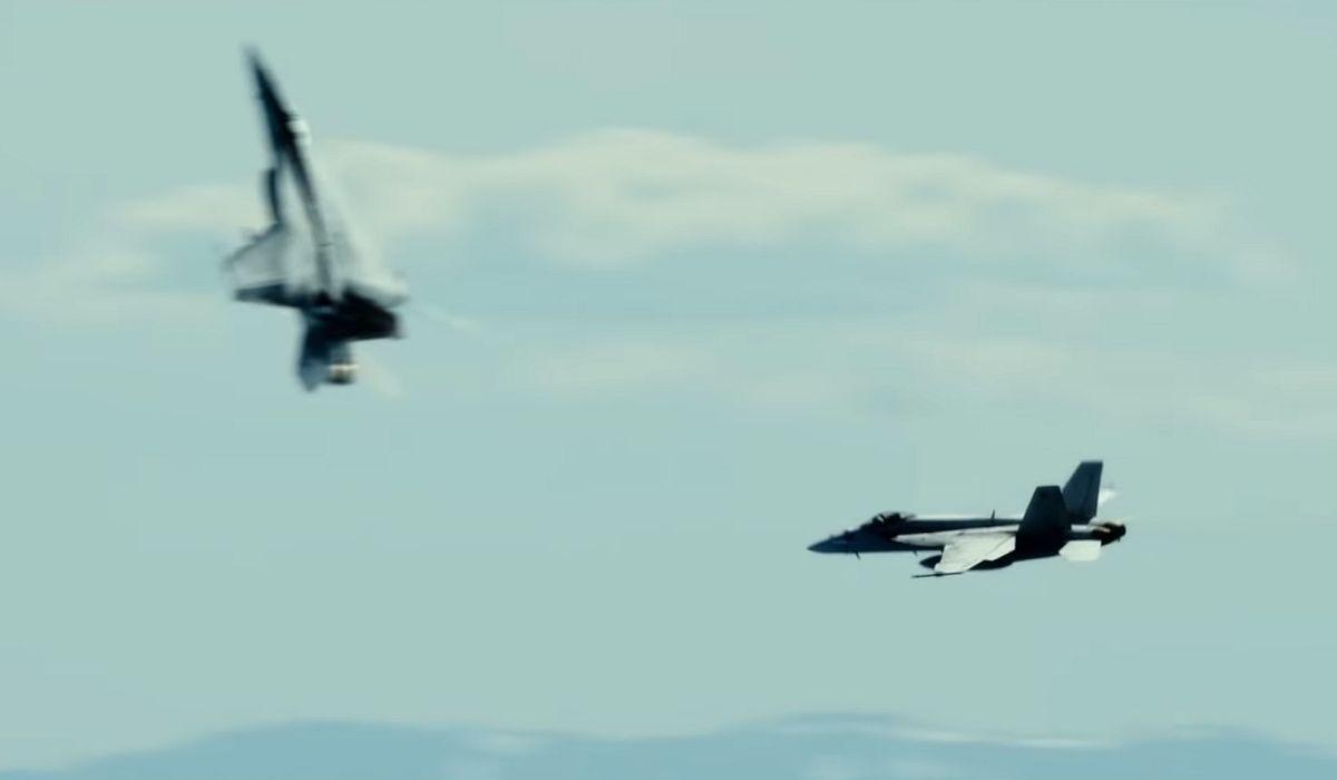 jets dogfighting in Top Gun Maverick
