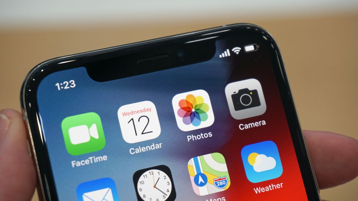 The iPhone 11 could scan the veins in your face to unlock