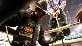 MultiDyne's LiGHTCuBE Broadcasts Bull Riders in Action